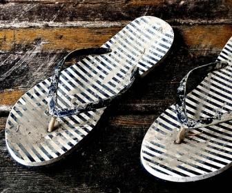sennik Sen o brudnych butach