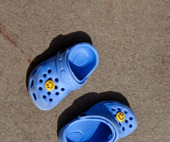 sennik Sen o butach dziecięcych